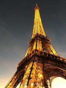Arizona online high school student visits Eiffel Tower